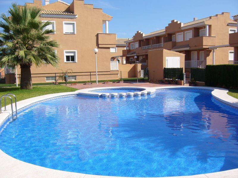Maison denia piscine for De melo piscine